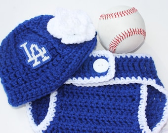 Dodgers inspired cap and diaper cover BOY or GIRL 0 to 3 months Crochet with logos not made with felt