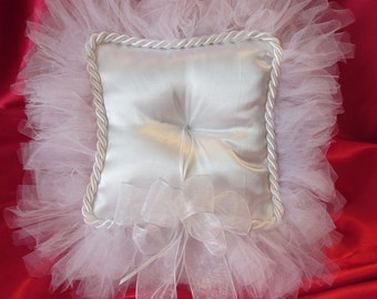 Tulle and Satin Custom made Ring Bearer's Pillow. Adds that special touch for that Special Day. Offered in other colors.