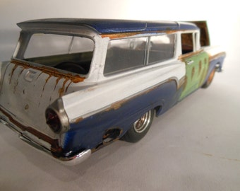 Classicwrecks Scale Model Rusted Car by John Findra Ford Del Rio