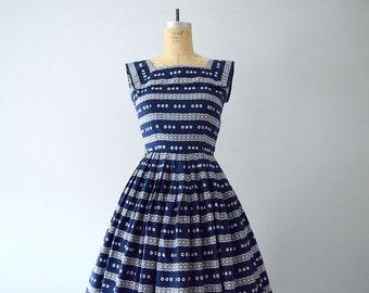 1950s vintage dress . 50s navy blue print dress