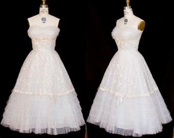 1950s Dress // Strapless Bridal Prom Wedding Full Skirt Ruffle Embroidered Party Dress