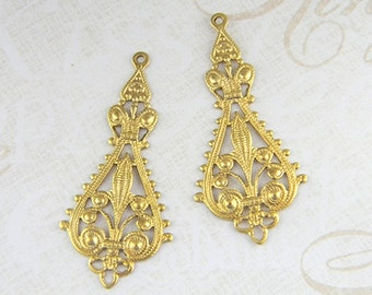Raw Brass Filigree, Earring Dangle, Brass Pendant, Raw Brass Stamping 20mm x 43mm - 4 pcs. (r115)