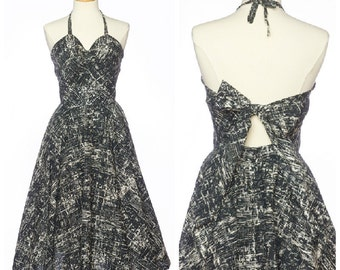 Rare 50s sun dress // Vintage Black White Abstract Halter Dress Key Hole Back With Bow Small