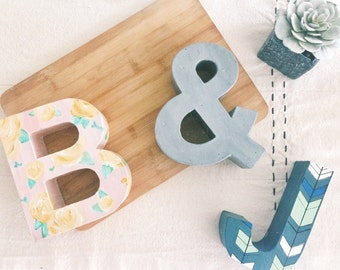 speckle print ampersand // hand painted