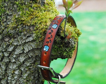 Thin Designer Leather Dog Collar 3/4 inch wide, Flower vine, nickel plate outdoor hardware, can be monogrammed, with name and phone number