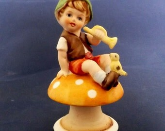 Vintage Pixie Elf Sitting On A Mushroom Bisque Figurine