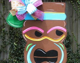 Tiki Mask Door Hanger, Tiki Decor, Luau Party Door Hanger, Pool Party Decor, Summer Door Hanger