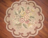 """Vintage Scalloped Hook Rug - Beautiful - 27"""" in diameter RESERVED for JUDY"""