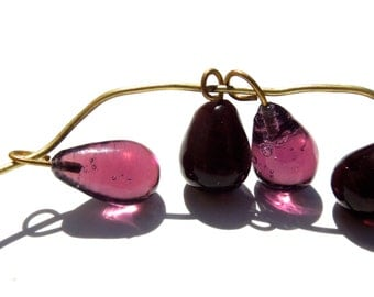 SUPPLY: 30 Glass Charms - Embedded Brass Wire Glass Drops - (3-A1-00003110)