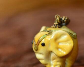 Lampwork pendant Elephant