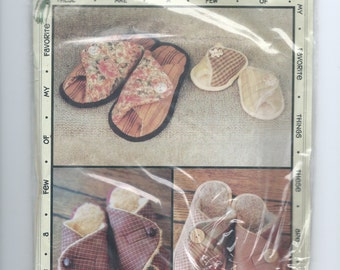 "Favorite Things Sewing Pattern ""Pitter Patters"" Slippers (1999)"
