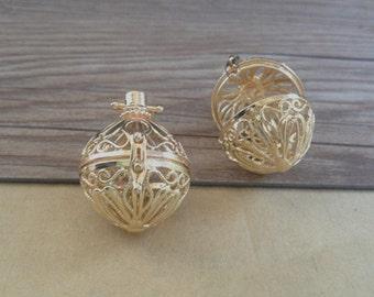 2pcs gold color hollow out  (copper) box charm pendant  28mmx32mm