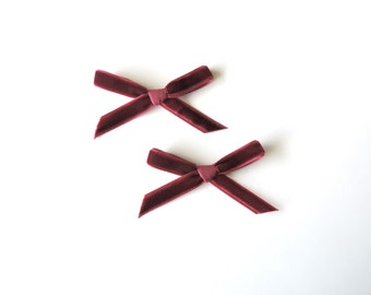 Daphne Petite bow clips - Burgundy Set of 2 - dainty and Dapper