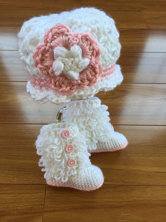 Baby Booties, Baby Girl Crochet Boots, Crochet Flower Hat