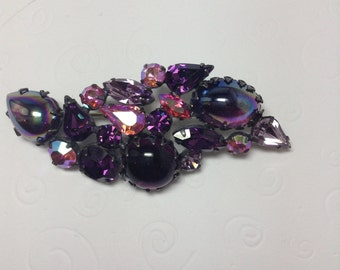 REGENCY  Purple, Lilac and Pink Brooch   Item: 17152