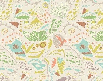 Fitted Crib Sheet: Mimicry    by JuteBaby