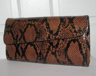BROWN SNAKESKIN CLUTCH // 80's Asymmetrical Purse Disco Party 70's Black Fold Over Envelope Leather Simple Slim