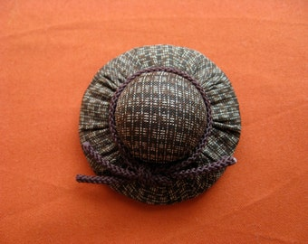Hat broach, silk kimono fabric, No.1
