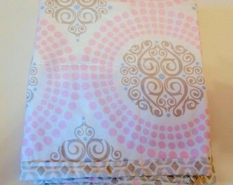 Modern Baby Quilt-Pink Grey-Nursery Crib Quilt-Baby Blanket-Baby Girl Quilt-Cot Cradle-Contemporary-Trendy-Medallion