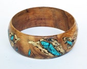 Olivewood Bracelet with Turquoise and Gold Leaf
