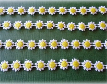 """Daisy Venice Lace Trim, White / Yellow, 1/2"""" inch wide, 1 Yard, For Dolls, Apparel, Home Decor, Accessories, Costumes, Victorian Crafts"""