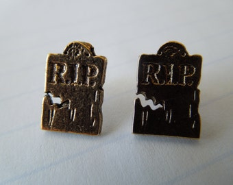 Vintage Halloween Earrings.  Gravestones, Gold tone RIP, Fun, Post Style, Made in USA