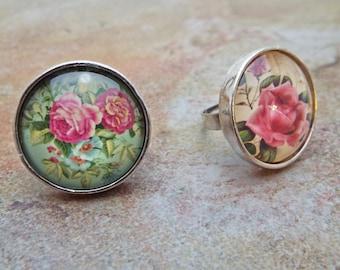 Vintage Style Roses Ring Cabochon set on silvertone adjustable band