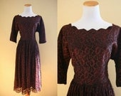 1950's Lady in Lace Dress - 50's Cocktail Dress - Evening Dress - Medium