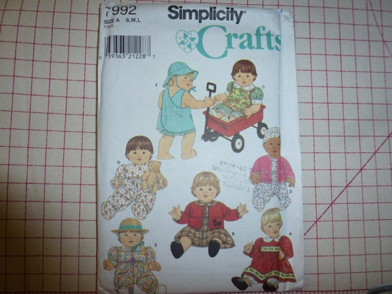 Simplicity crafts baby doll wardrobe pattern for sizes small for 5 inch baby dolls for crafts