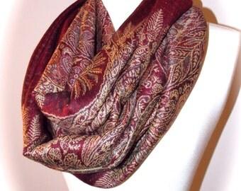 Pashmina paisley infinity scarf/Christmas scarf/dark red scarf