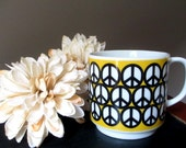 Vintage Peace Sign Coffee Cup Mug Mod Groovy 1970's Seventies 70's Tea Hot Chocolate Beverage