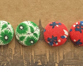 Fabric Covered Button Earrings / Set of 2 / Red and Green / WHOLESALE Jewelry / Christmas Present / Holidays / Gifts for Her