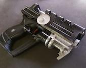 Fifth element Korban Dallas prop pistol movie replica