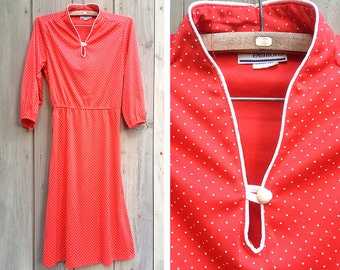 Vintage dress | 1970s red and white polka dot peekaboo neckline dress