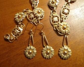Victorian etruscan Revival gold Filled Parure set bloomed gold necklace bracelet drop dangly earrings