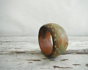 Painted Wrist Bangle. In Original Wood and Jungle Green.