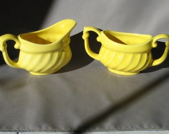 Metlox poppytrail pottery YORKSHIRE Sugar & Creamer Yellow Gloss Set Lot Cream Pitcher and open Sugar Bowl swirl EXCELLENT CONDITION Pretty