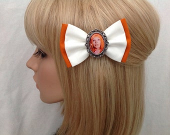 Leeloo The 5th Element hair bow clip rockabilly psychobilly pin up fabric Milla Jovovich orange bandage white sci fi costume retro cosplay