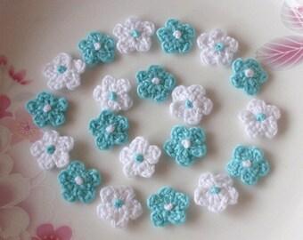 20 Mini Crochet  Flowers In White, Aqua YH-022-13