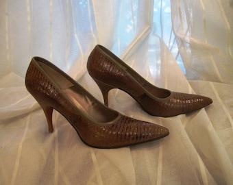 Vintage Pair of Brown Lizard Skin Shoes, Palizzio, ca 1960s