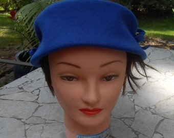 """Glenover Blue Hat Size 7"""" Henry Pollak New York 100% Wool 1950s Bow On Sides - Free US Shipping"""