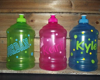 32 oz water bottle with handle