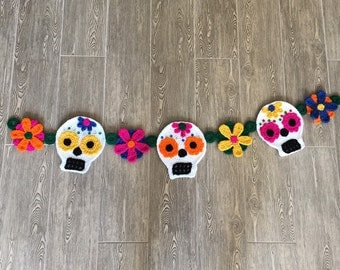 Day of the Dead or Halloween Sugar Skull garland decor