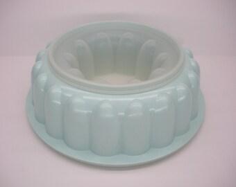 Tupperware Pastel Aqua Blue Fluted Jello Mold - 3 Piece