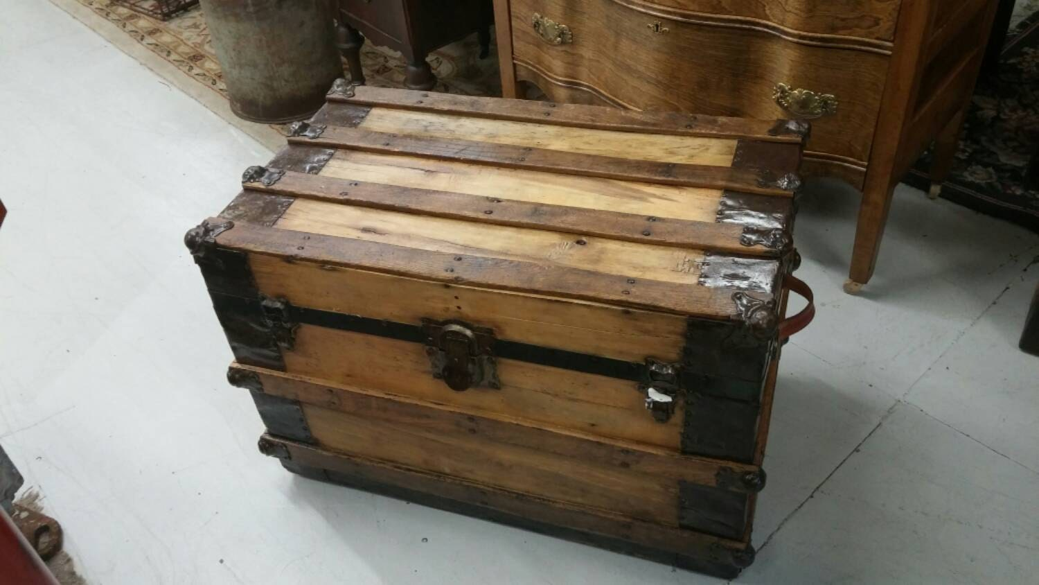 Antique Wood Steamer Trunk Coffee Table Or Blanket Chest With
