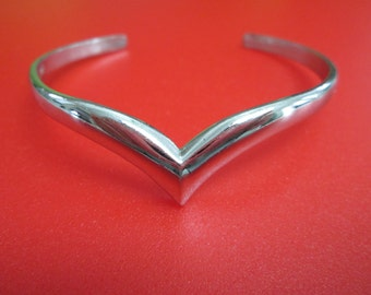 Vintage Silver plate V Open Cuff Bangle Bracelet