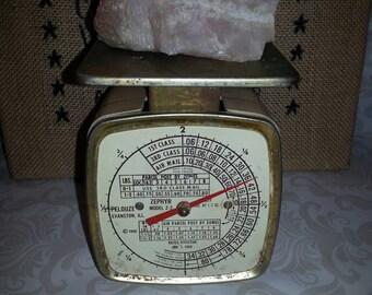 Vintage postal scale Zephyr model 2 pound bakelite body 1968 postal rates TVAT