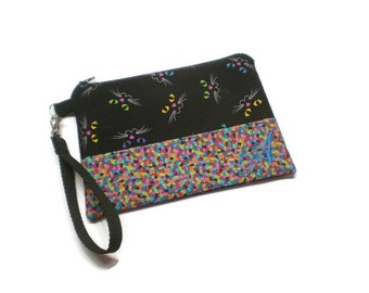 Monogrammed zippered cats clutch wristlet wallet with credit cards slots  and outer zipper pocket. Black and pink. Cat lover gift.