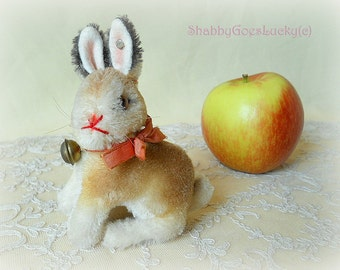 Steiff rabbit Sonny, 1965 – 68 produced in this size 3 1-2 inch only, Steiff button, original bell, bow, swivel head; small old Easter bunny