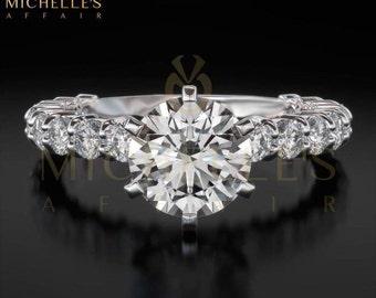 Women Round Cut Diamond Ring 18 Karat White Gold Setting Certified F VS1 2.2 Carat Diamond Engagement Ring For Her